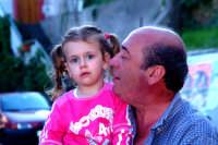 Nuccio Di Dio e la sua nipotina.  - Montagnareale (2732 clic)