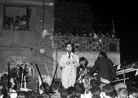 PHOTOVAZZANA-1963/2205 Eventi:Spettacolo musicale in occasione della festa in onore di M.S.S.D.Grazie il 15 Agosto a Montagnareale-nella foto il Prof.Mario Lena presenta.  - Montagnareale (5129 clic)
