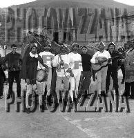 Archivio Vazzanana-1964/5299-people-ragazzi di montagnareale-carnevale (4340 clic)