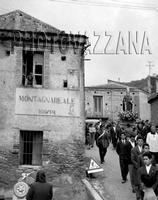 Archivio Vazzanana-196/3978-people-gente di montagnareale-donna catina-processione san antonio (4448 clic)