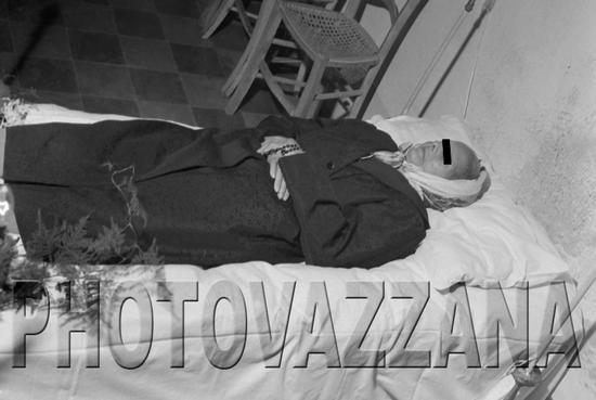 Archivio Vazzanana-dsc_4032-funerale-salma - MONTAGNAREALE - inserita il 21-Jan-11