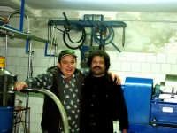 OLEIFICIO PALMERI: Pippo Palmeri e Pippo Bisci.  - Montagnareale (4922 clic)