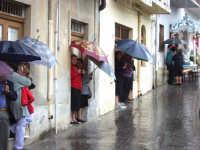 S.Sebastiano sotto la pioggia;processione.  - Montagnareale (2312 clic)