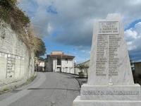 DSCN2827X1-Montagnareale monumento ai caduti di Nassiryah (4377 clic)