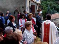 S.Sebastiano:Processione,la gente.  - Montagnareale (2779 clic)