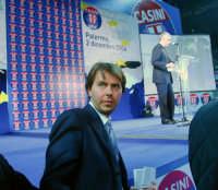 Giorgino;sullo sfondo ,Pierferdinando Casini. DSC_2857b PALERMO Pippo Palmeri