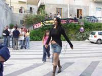 Anna Munafò,Miss.Montagnareale 2004 passeggia per le vie del Paese.  - Montagnareale (10657 clic)