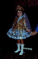 Lia Cottone vestita da verginella in occasione della festa in onore di M.S.S.D.Grazie.  - Montagnareale (1928 clic)