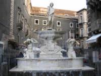 piazza pardo. acqua o linzolu  - Catania (3780 clic)