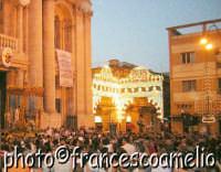 Processione per le vie principali della Vara di S. Pietro Padrono di Riposto.(2oo5)  - Riposto (4756 clic)