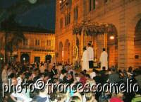 Processione per le vie principali della Vara di S. Pietro Padrono di Riposto.(2oo5)  - Riposto (3125 clic)
