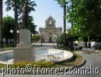 Veduta di piazza S. Francesco e piazza Carmine.(2oo5)  - Giarre (1976 clic)