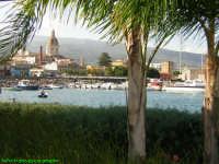 Veduta di Riposto dal porto turistico.(2004)  - Riposto (4571 clic)