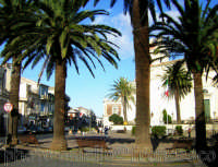 piazza  - Piedimonte etneo (3686 clic)