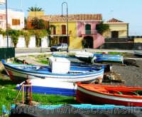 Spiaggia e barche a Strazzo.(2oo5)  - Stazzo di acireale (6115 clic)