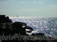 Il porticciolo ed il mare di Torre.(2oo5)  - Torre archirafi (3106 clic)