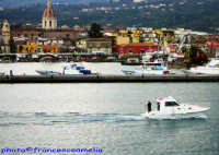 Panorama visto dal porto. (2oo6)  - Riposto (2307 clic)