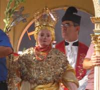 Festa di S. Margherita V. e M. (07.08.2005) - Un primo piano della statua della Santa.  - Pozzillo (6973 clic)