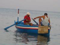 Pescatori (Luglio 2005)  - Fondachello di mascali (4732 clic)