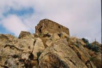 la chiesa sulla roccia. Chiesa al Castello di Pietratagliata(o Gresti).  - Valguarnera caropepe (5589 clic)