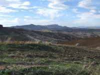 Terre. Tipico paesaggio agreste del bellissimo entroterra sicano.  - Valguarnera caropepe (4443 clic)