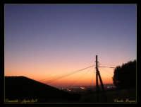 Soggetto: La città lontana al tramonto Fotocamera: Nikon Coolpix 2100 Software: Adobe Photoshop CS2 Luogo: Cannatello (AG) Data: 4 Agosto 2oo5 Ore: 19:40  - Cannatello (4970 clic)