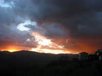 Alba tempestosa S.Giuseppe-Montagnareale-Giugno 2005  - Montagnareale (2648 clic)