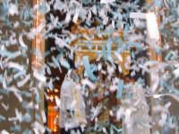 FESTA DI MARIA SS. DEL LUME 13.11.2005 TRIONFALE USCITA DEL FERCOLO DALLA CHIESA MADRE, ACCOLTO DA UNO SPETTACOLARE LANCIO DI nzareddhi, FUOCHI PIROTECNICI E DALLA TRADIZIONALE CANTATA.  - Linera (3783 clic)