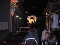 FESTA DI MARIA SS. DEL LUME 13.11.2005 LA PROCESSIONE SU VIA PROVINCIALE ILLUMINATA A FESTA  - Linera (3791 clic)