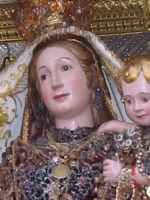 FESTA DI MARIA SS. DELLA CATENA 15.08.2005 Particolare del simulacro di Maria SS. della Catena  - Aci catena (7940 clic)