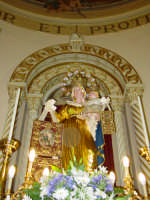 Artistico simulacro della Madonna del Carmine, posto sull'altare maggiore.   - Pisano etneo (3205 clic)