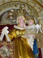 Artistico simulacro della Madonna del Carmine, posto sull'altare maggiore.   - Pisano etneo (3325 clic)
