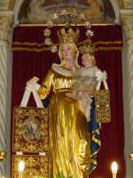 Artistico simulacro della Madonna del Carmine, posto sull'altare maggiore.   - Pisano etneo (4459 clic)