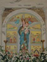 Simulacro di Maria SS. delle Grazie sull'altare Maggiore nel giorno della festa ( Luglio ).  - Carrubba di giarre (3089 clic)
