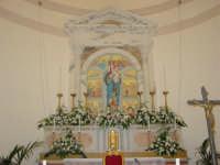 Simulacro di Maria SS. delle Grazie sull'altare Maggiore nel giorno della festa ( Luglio ).  - Carrubba di giarre (3820 clic)