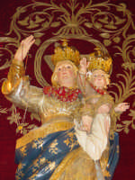 Simulacro di Maria SS. del Rosario sull'altare maggiore della chiesa nel giorno della festa ( Ottobre ).  - Trepunti di giarre (3510 clic)