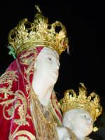 Simulacro di Maria SS. della Catena sul fercolo per le vie del paese nel giorno della festa ( Maggio ).  - Castiglione di sicilia (2626 clic)