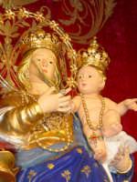 Simulacro di Maria SS. della Provvidenza sull'altare maggiore.  - Zafferana etnea (1921 clic)