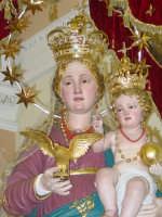 Simulacro di Maria SS. Raccomandata sul fercolo nel giorno della festa ( 8 settembre ).  - Giardini naxos (2609 clic)