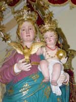 Simulacro di Maria SS. Raccomandata sul fercolo nel giorno della festa ( 8 settembre ).  - Giardini naxos (2682 clic)