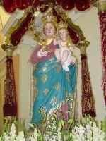 Simulacro di Maria SS. Raccomandata sul fercolo nel giorno della festa ( 8 settembre ).  - Giardini naxos (3200 clic)