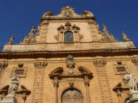 Prospetto della bellissima chiesa di S. Pietro a Modica.  - Modica (2317 clic)
