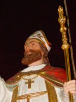 Simulacro di S. Martino Vescovo sull'altare maggiore della chiesa a lui intitolata, nel giorno della festa ( 11 Novembre ).  - Carrubba di giarre (3267 clic)