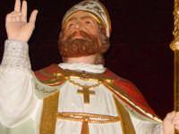 Simulacro di S. Martino Vescovo sull'altare maggiore della chiesa a lui intitolata, nel giorno della festa ( 11 Novembre ).  - Carrubba di giarre (3031 clic)