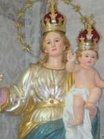 Simulacro della Madonna della libertà nel giorno della festa.( particolare della statua ).  - San leonardello di giarre (3004 clic)