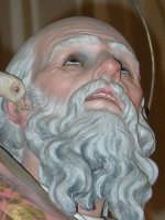 Statua di S. Gregorio Magno, nel giorno della festa all'interno del santuario della Madonna della Vena.  - Piedimonte etneo (3169 clic)