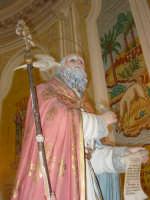 Statua di S. Gregorio Magno, nel giorno della festa all'interno del santuario della Madonna della Vena.  - Piedimonte etneo (3153 clic)