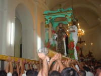 festa del patrono S. antonio Abate il momento del rientro in chiesa a tarda serata ( prima domenica di settembre ).  - Santa domenica vittoria (6021 clic)