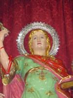 I santi martiri Alfio, Filadelfo e Cirino sull'altare maggiore nel giorno della festa ( prima domenica di maggio ), particolare della statua di S.Alfio.  - Sant'alfio (3970 clic)