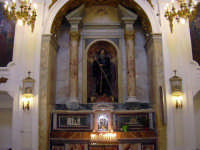 All' interno della Chiesa di San Francesco da Paola con una bella statua del santo   - Alcamo (1123 clic)